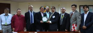 Department of Trade and Industry (DTI) Ponciano C. Manalo, Jr.(fourth from left) receives a token from Federation of Pakistan