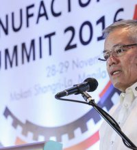 DTI Secretary Lopez opens the Manufacturing Summit 2016.